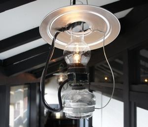 ランプの宿の館内1