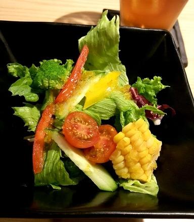 山口県産夏みかんを使ったサラダ