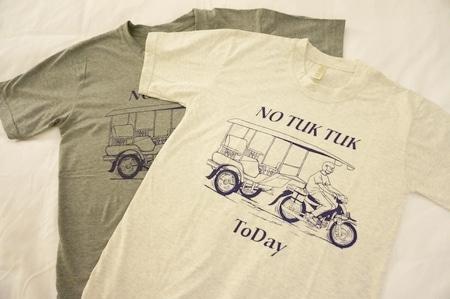 トゥクトゥクTシャツ