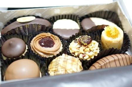デメルのクッキーとチョコ