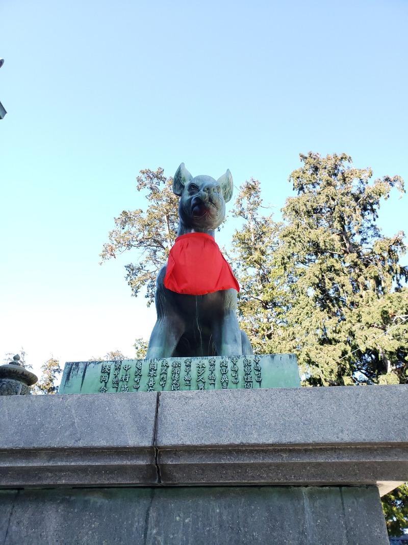 豊川稲荷の狐像