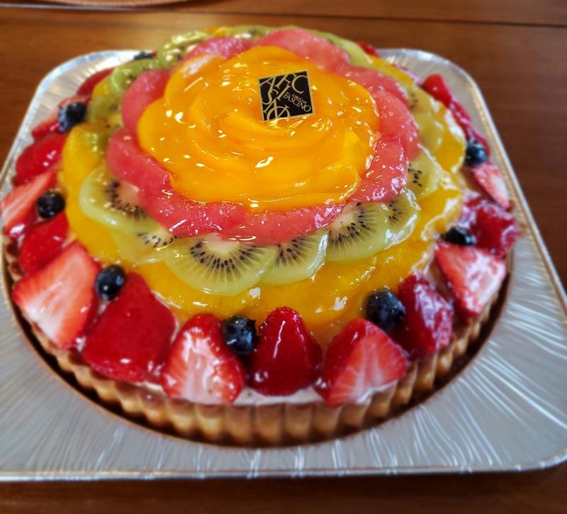 LOBBY CAFE FASCINOのフルーツタルトケーキ