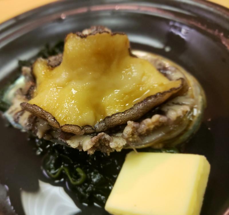 福井県あわら温泉のアワビバター焼き