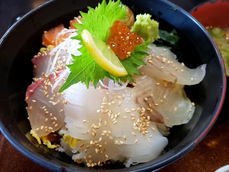 淡路島ゑびす亭の海鮮丼