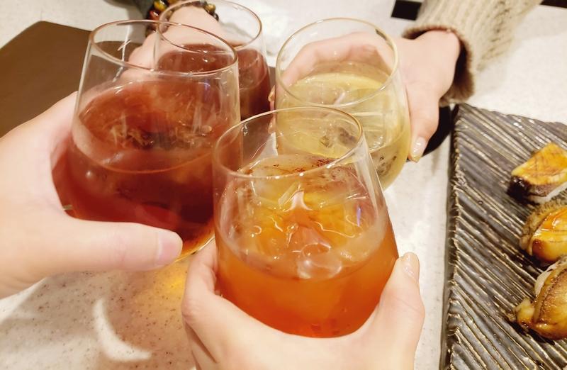 誕生日会にノンアルコールで乾杯
