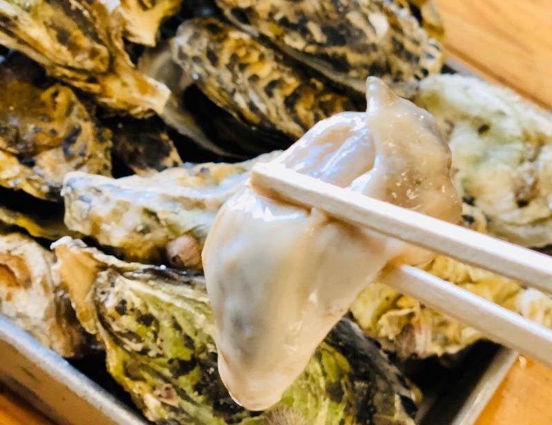 牡蠣小屋の生牡蠣